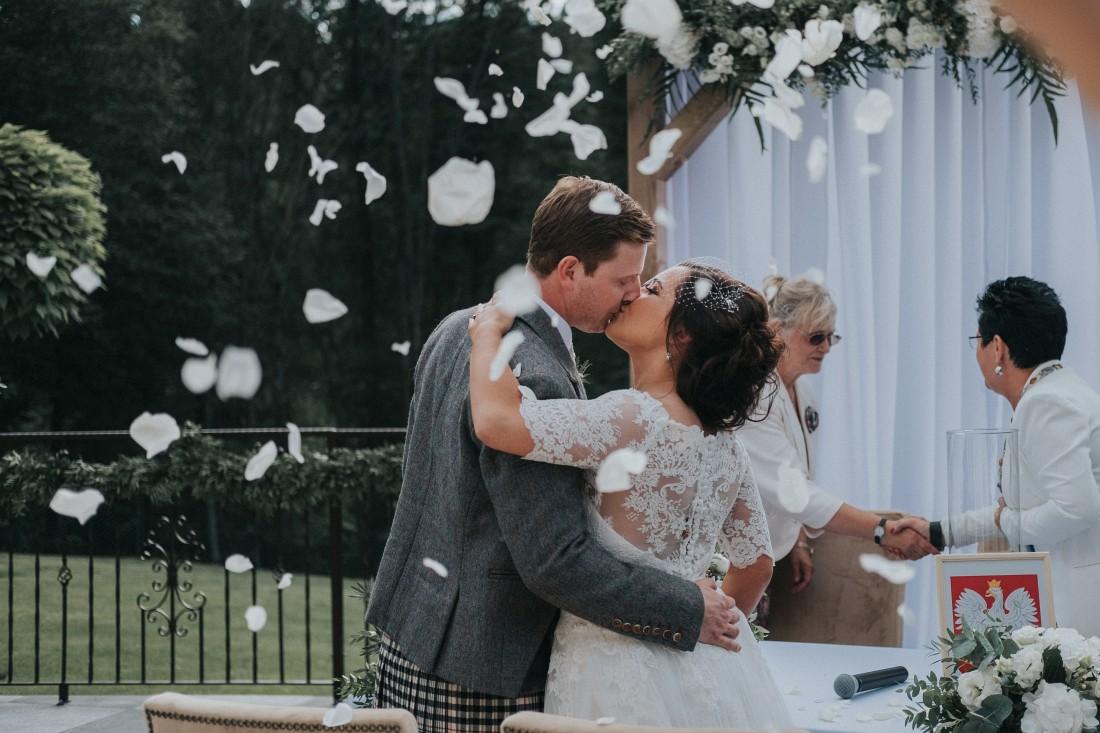 zdjęcia ślubne ze szkotem